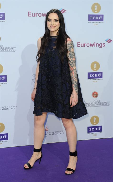 amy macdonald s feet