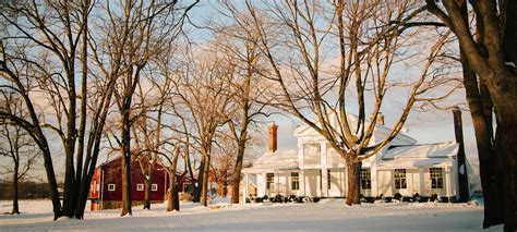 Winter Weddings in Michigan   Intimate Winter Wedding Venues