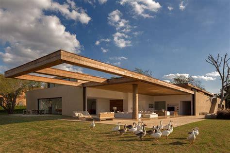 casa itu by studio arthur bucolismo cosmopolita cactos comunica 231 227 o urbana