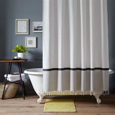 Black And White Bathroom Curtains by Best Shower Curtain For Black And White Bathroom Curtain