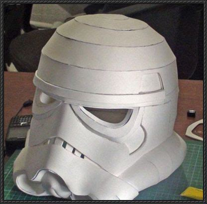 Helmet Papercraft - this wars papercraft is a stormtrooper helmet