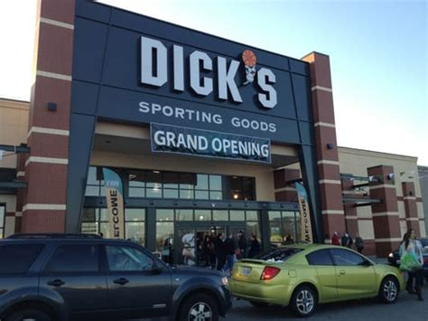 dick s sporting goods sports wear spokane valley wa