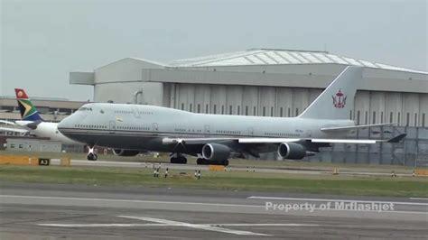 sultan hassanal bolkiah plane brunei sultan s flight 747 400 v8 ali flight departure