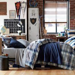 guy home decor dorm decor for guys billingsblessingbags org