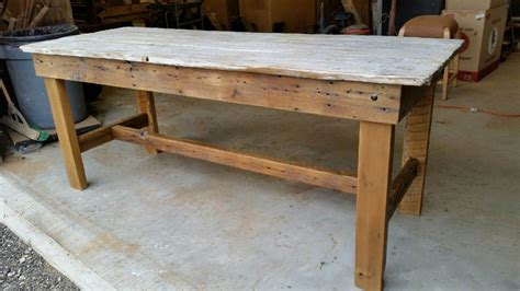 Rustic White Wash Barn Door Dining Table M Jones Creations Barn Door Dining Table