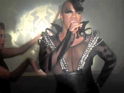 Closet Freak Miss by Exclusive Miss Washington Performs Quot Closet