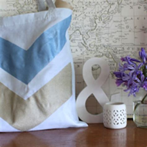Freezer Paper Craft - make your own gorgeous geo printed tea towels tuts