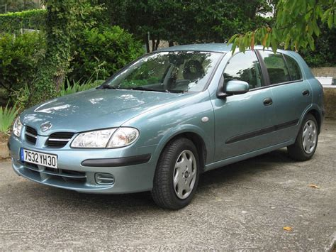 nissan almera 2003 nissan almera tino 2 2 2003 auto images and specification