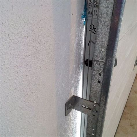 I Want To Seal The Sides Of Garage Door To Keep Dirt Out Sealing Garage Door Sides