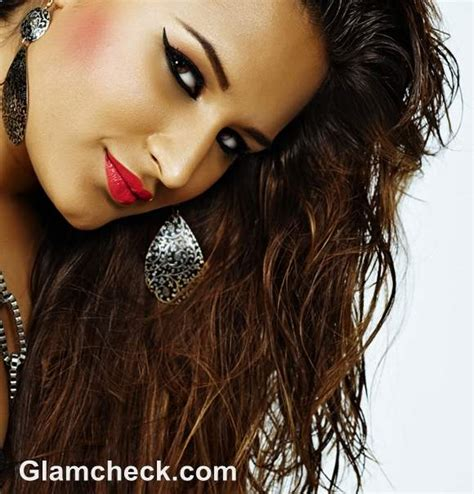 wet and messy hair look how to style wet hair 4 stylish wet hairstyles for women