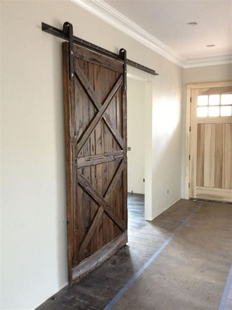 Hanging A Sliding Barn Door 25 Best Ideas About Hanging Barn Doors On Sliding Barn Doors Barn Doors And