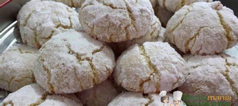 pasticcini mignon fatti in casa pasticcini alle mandorle bimby ricette bimby