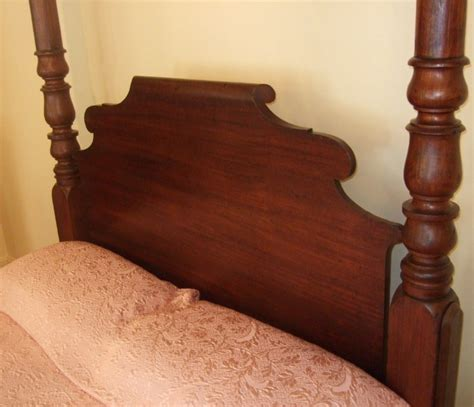 cedar post bed large impressive colonial cedar 4 poster bed the merchant of welby