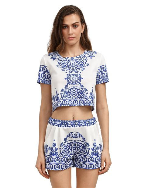 Crop Florist blue white sleeve floral crop top with shortsfor