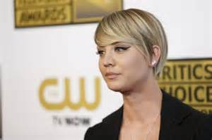 from big theory new haircut kaley cuoco s short hair is killing me mount rantmore