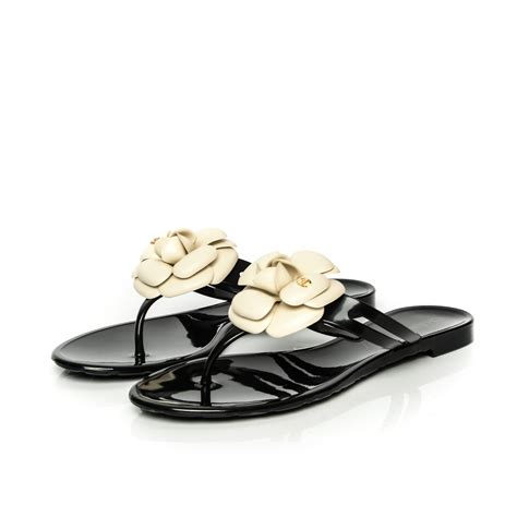 chanel jelly sandals chanel jelly camellia sandals 39 black ivory 185763