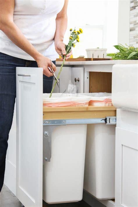 kraftmaid pantry cabinet sizes pantry cabinet kraftmaid pantry cabinet sizes with