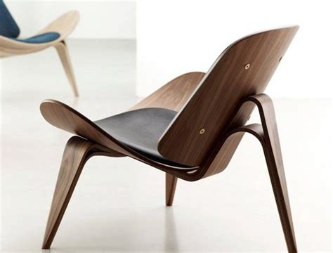 iconic modern designs  ch shell chair