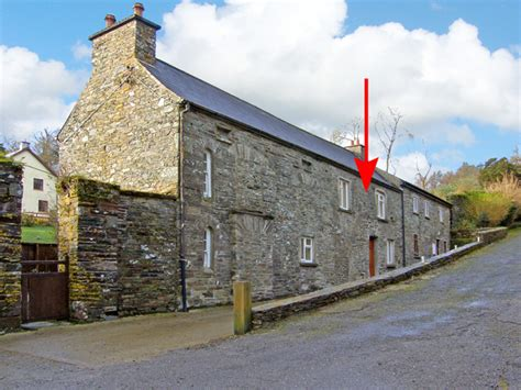 Skibbereen Cottages by Cottage Castletownshend Skibbereen County Cork