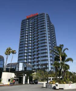 cadena hotelera española en nueva york blackstone compra la cadena hotelera por 26 000