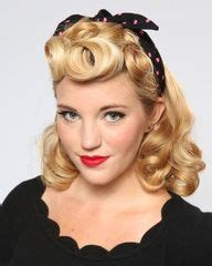 hairstyles for mid fortys 133 best images about vintage 40 s fashion on pinterest