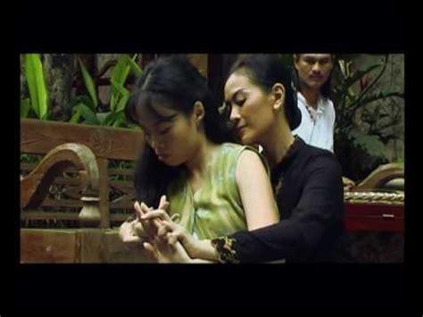 film indonesia lgbt exodus wanita yang berlari a film by sherman ong youtube