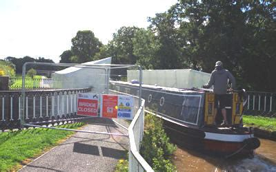 row boat hire near me aqueduct