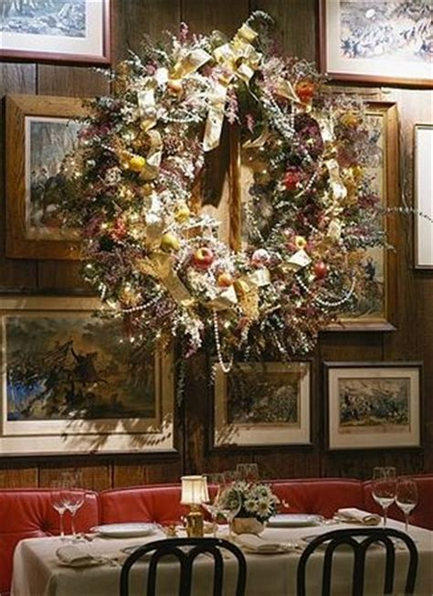 how to decorate a restaurant christmas decorations in the dining area picture of 1789
