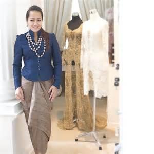 Papasemar com model baju kondangan yang simple tapi paling kekinian