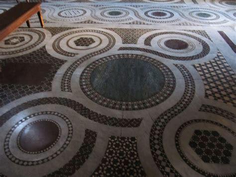 pavimento stato roma soffitto e pavimento di santa in trastevere