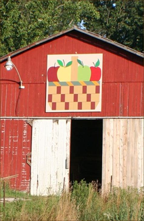 quilt pattern on barns in kentucky more barns from the kentucky quilt trail