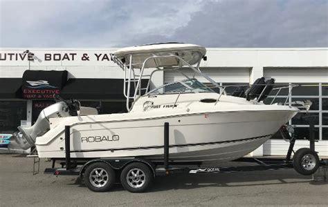 robalo boats reviews robalo r245 walkaround juggernaut boats