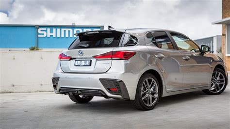 Lexus Electric Car 2020 by 2020 Lexus Ct To Offer Ev Option To Tackle Model 3