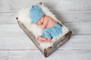 how to get my baby to nap in his crib how to get your baby to nap