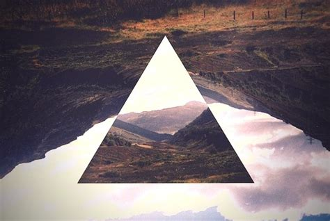 wallpaper tumblr triangle pin triangle tumblr wallpaper lovers on pinterest