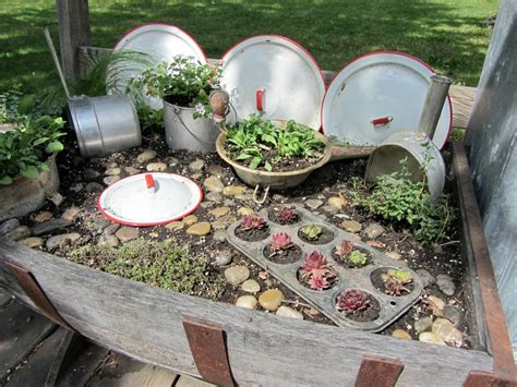 Kitchen Gardening Ideas 21 Crafty Small Garden Ideas And Solutions For Saving