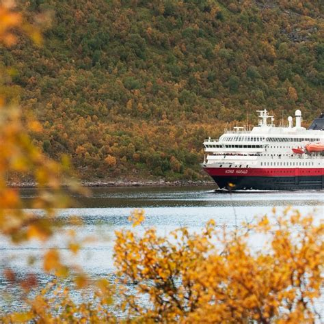 anthony daniels hurtigruten agent web meet the team inside and sales managers in