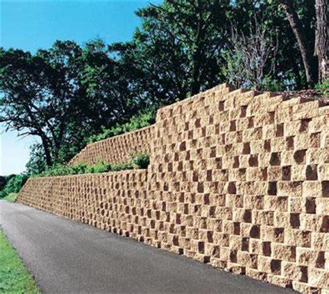 Costruire Muro Blocchi Cemento by Propriet 224 Familiare Prezzi Blocchi In Cemento Per Muri A