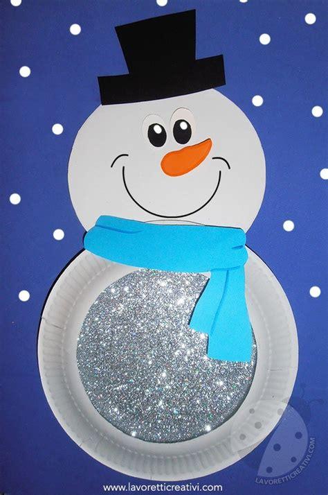 pupazzo di neve con bicchieri di carta lavoretti sull inverno per bambini pupazzo di neve con