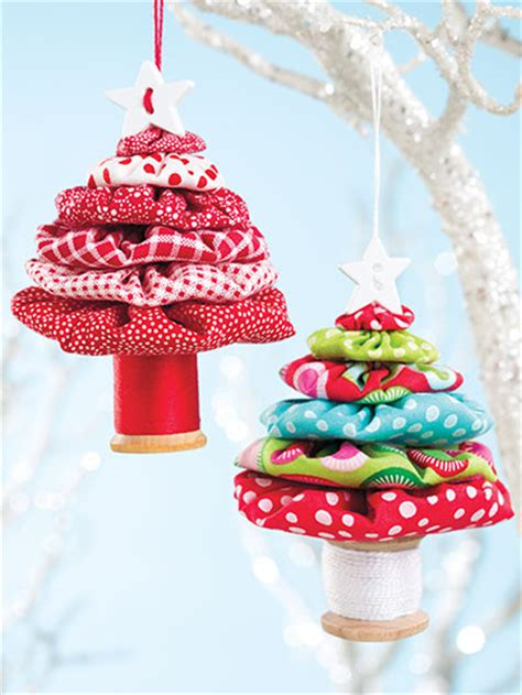 free christmas decorations to make yo yo trees are easy and so much quilting digest