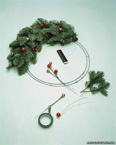 how to make a wreath martha stewart
