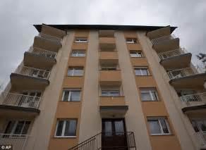 trump s apartment how melania trump left her communist upbringing behind