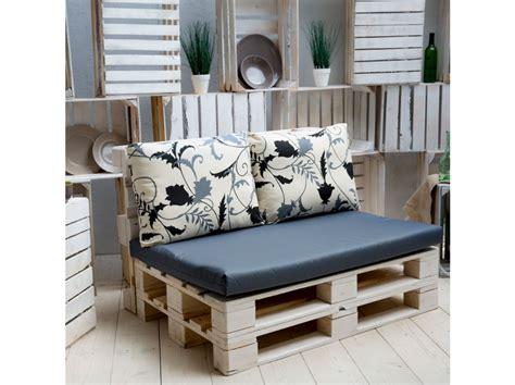 cuscini per divani da giardino set di cuscini per divano da giardino in pallet larisa