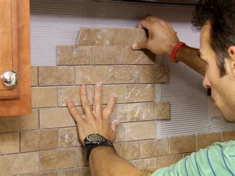 Diy Kitchen Backsplash Tile by How To Put Up Backsplash Tile In Kitchen