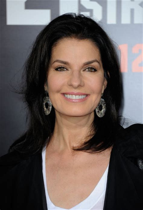 hairstyles for age 55 sela ward s layered hair cut haute hairstyles for women