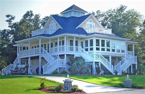 cottage plans with porches . . . a profusion of porches!
