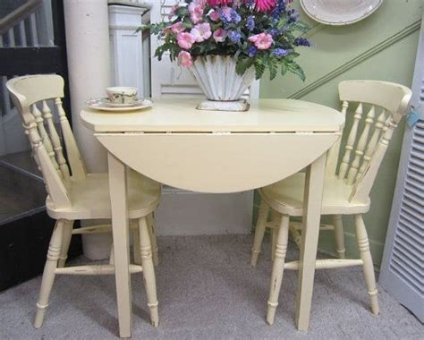 kitchen tables for two best 25 vintage kitchen tables ideas on