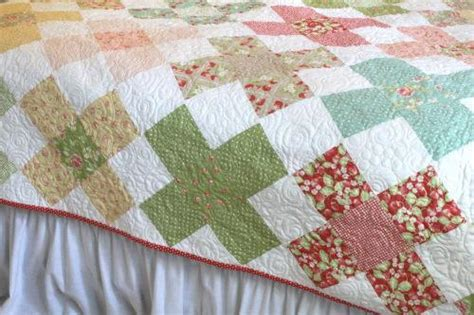 Large Quilt Pattern by Large Square Blocks Make A Charming Quilt