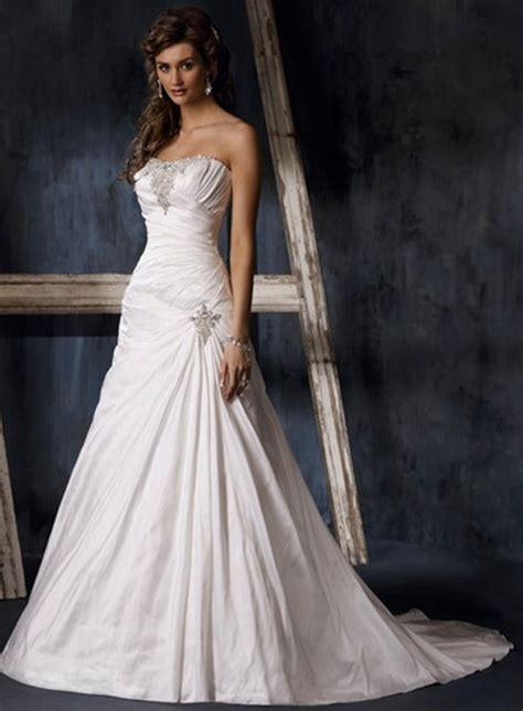 trend strapless wedding dresses 2010 wedding