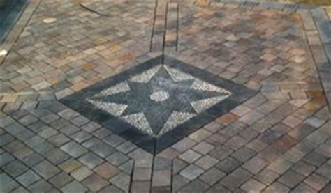 mosaici per pavimenti esterni pavimentazione per esterno a lecco tentori srl
